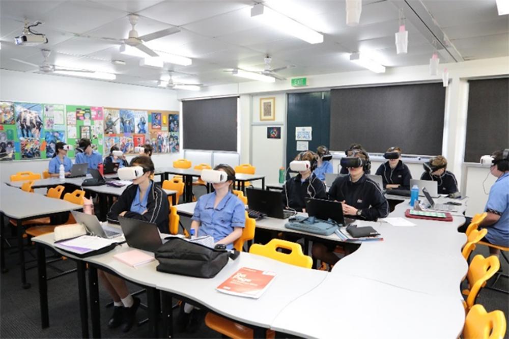 VR技術を用いたバーチャル修学旅行体験報告
